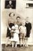 margaret-robert-wullie-elizabeth-mcknight-with-cousin-john-mcknight-granny-mcknight-at-the-door-glenafton-drive